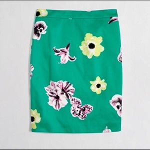 J Crew Factory Green Floral Pencil Skirt Size 6